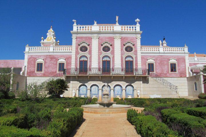 front of palacio de estoi in faro